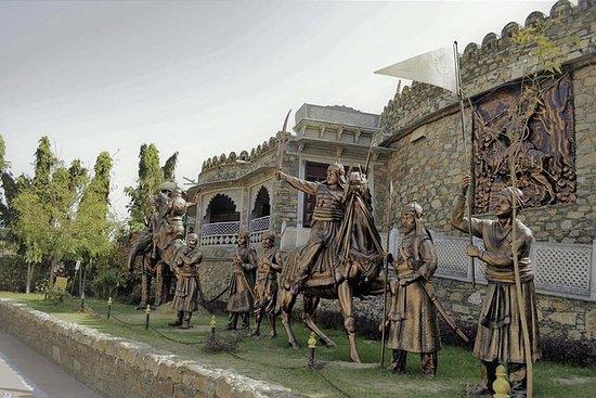 Visita guidata al tempio di Lord Krishna e viaggio al tempio di Ekling