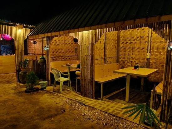 The Bamboo House Picture Of The Bamboo House Restaurant Nyaung U Tripadvisor