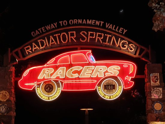 Radiator Springs Racers - Note the standby wait time at 6pm