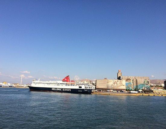 Atina, Grčka: Pire Limanı