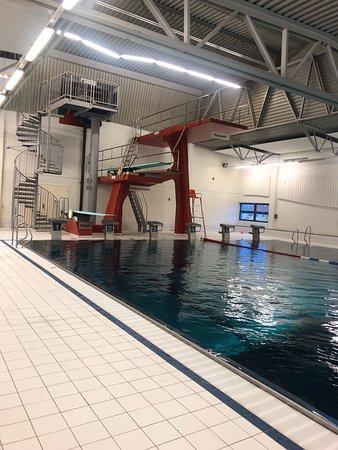 основной зал, трамплины для прыжков в воду