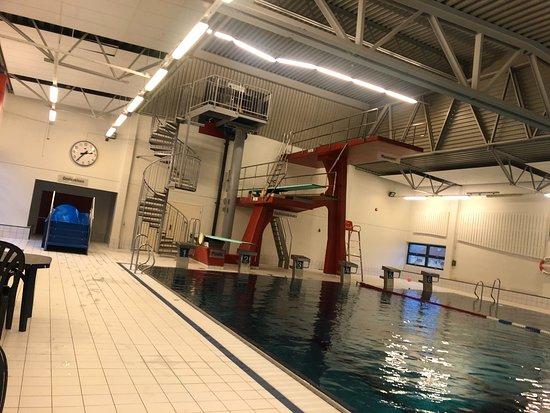 основной глубокий бассейн