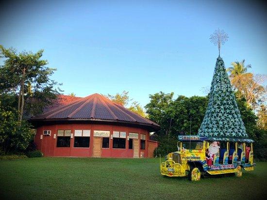 Santa now rides a jeepney