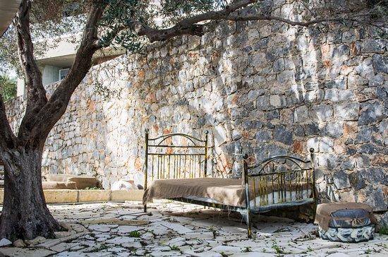 Roxanne's Place Crete  Exopolis Rental and Yoga retreat