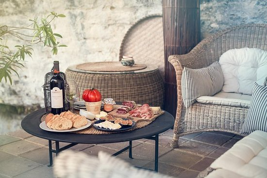 French wine and cheese tasting – fotografia