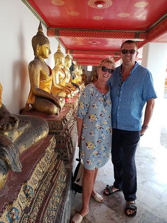 Wat Pho - Reclining Buddha Temple