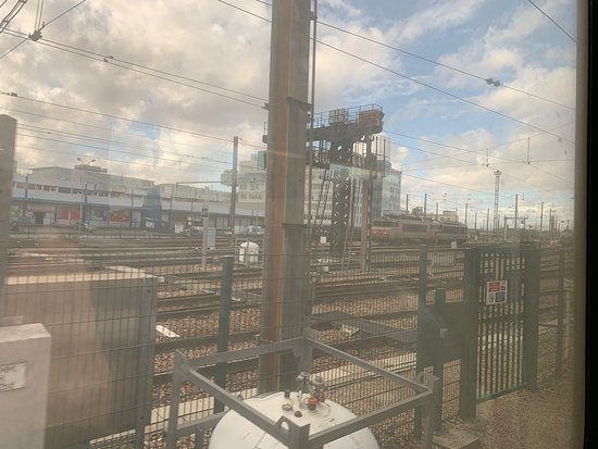 Gare Lyon And Big Bus Univerthabitat