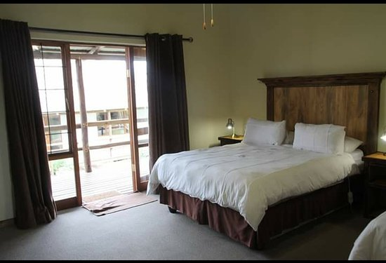rooms are clean and very well kept,serviced daily