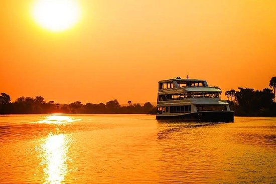 Crucero de lujo al atardecer [Zambezi...