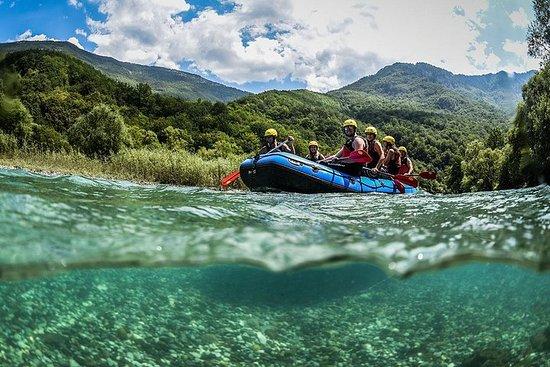 Rafting en rivière de montagne