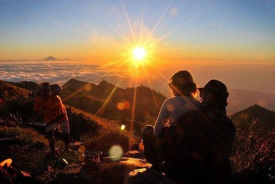 Mt. Rinjani Trekking 2D1N Kraterrand