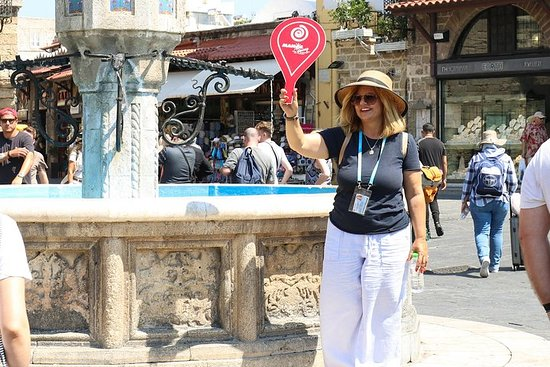 Lindos and Rhodes Medieval Town Full-Day Tour with a Local Guide