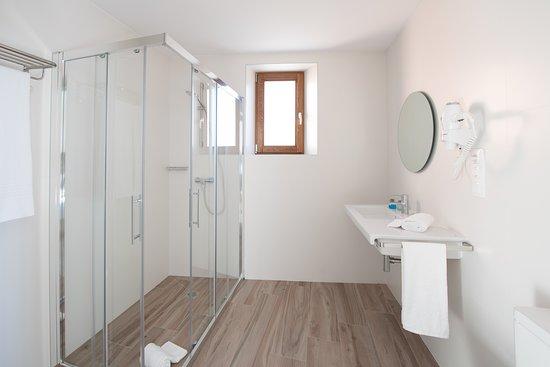Baño habitación LiresCa