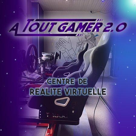 Meaux, France: nous sommes un centre de réalité virtuelle,nous avons aussi un bar e-sport et jeux de société ainsi qu un écran pour diffuser les tournois e-sport et match de foot,rugby,basket.