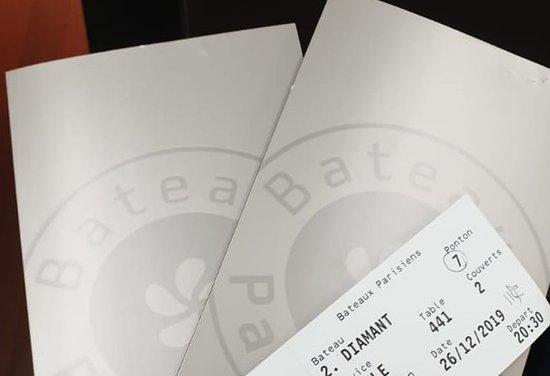 Bateaux Parisiens Seine River Gourmet Dinner & Sightseeing Cruise: Menu/Tickets