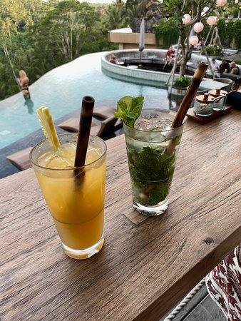 Complimentary cocktails at Happy hour