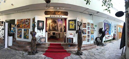 Gastón Charó Art Gallery Playa del Carmen