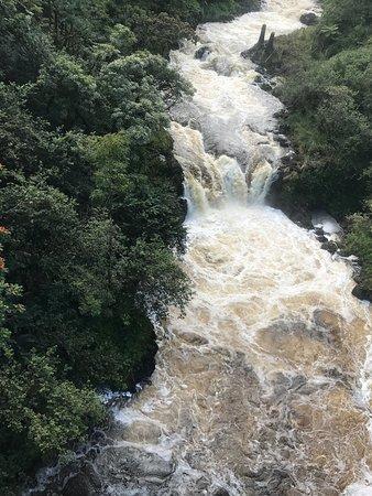 9-Line Zipline Experience: Beautiful falls
