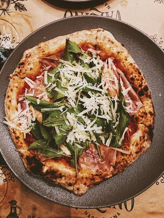 Vallino Pizzeria