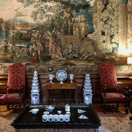 Dyrham Park, The Diogenes Room featuring Delft