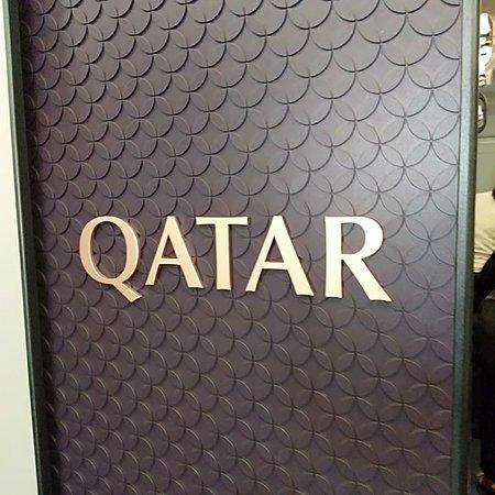 Qatar Airways: Delevegg i kabinen