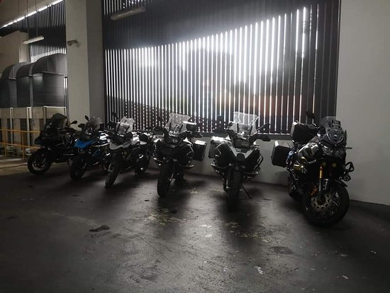 Best service for Big Bike group