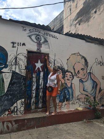 Passeando em Havana!  Adorei essa cidade, seu povo cantante, dançarino e alegre!