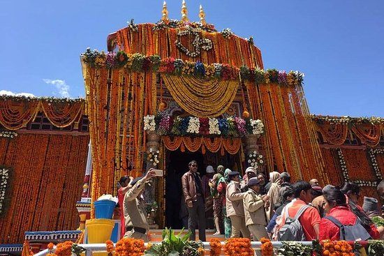 Chardham Yatra Tour Package from Delhi - Retreat in the Himalayas