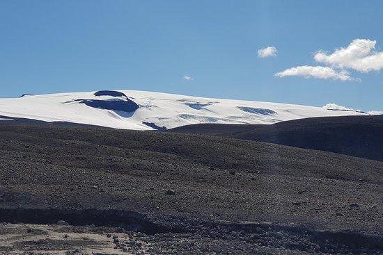 Borgarfjordur and Langjökull glacier...