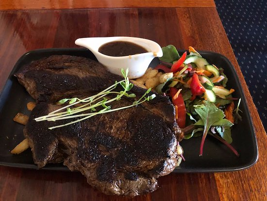 400 gram Rump Steak with Chips and Salad