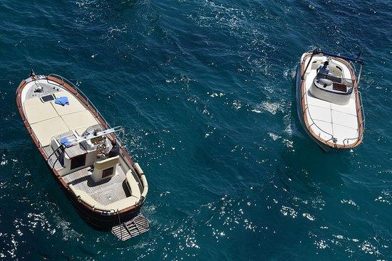 从波西塔诺到卡普里岛的私人乘船游览