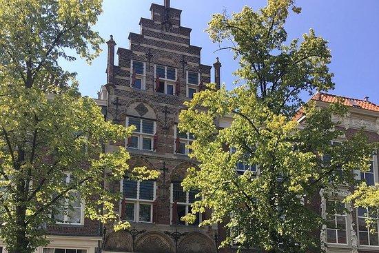 Experimenta Delft en bicicleta o a pie