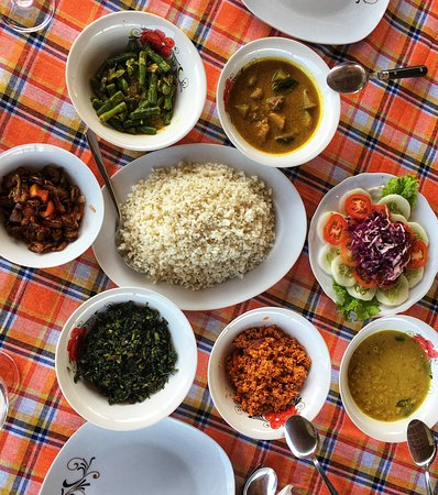 The best rice and curry in Sri Lanka