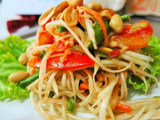 Aim Tam (Thai papaya sarac)
