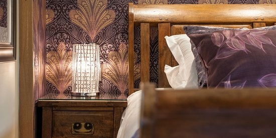 The Hayloft Suite bed