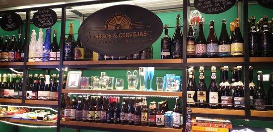 Discos de vinil e Cervejas Artesanais.