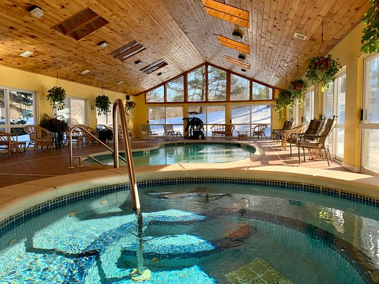 Enjoy our pool or jacuzzi even in the dead or winter.  Pool 84 degrees, jacuzzi 103!
