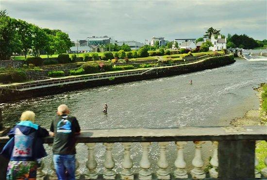 Spot several fisherman along the walk.