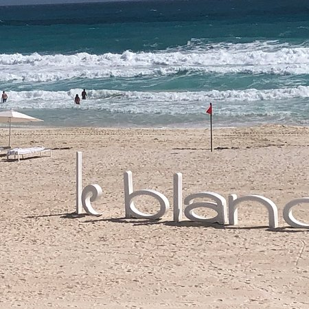 Le Blanc brings sophistication and international appeal to the all-inclusive vacation