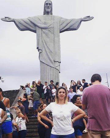 Ver a Cidade do Rio de Janeiro daqui de cima é maravilhosa,  a energia daqui é reconstrutora,  vale a pena conhecer.