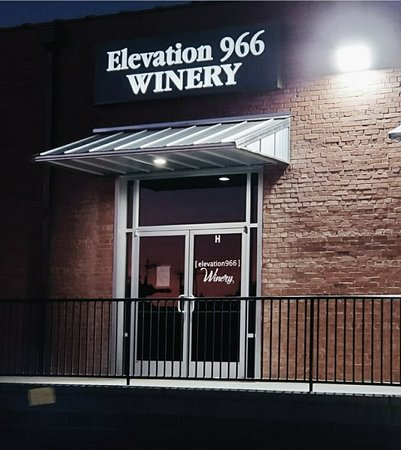 ‪Elevation 966 Winery‬