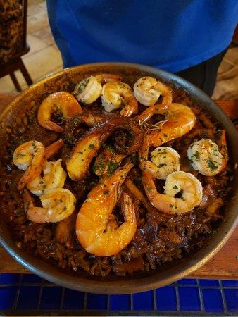 Comida maravilhosa, ambiente agradável e pessoal atencioso.