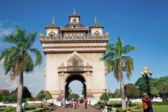 Private tour Vientiane to Vang vieng