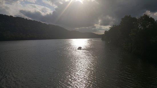 Pittsburgh, Pensylvánia: Allegheny River