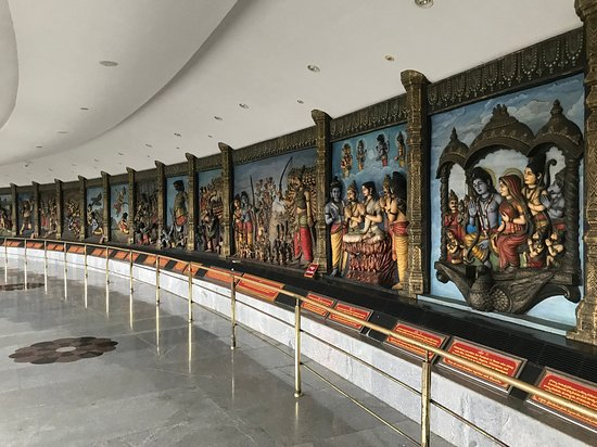 Ramayana depicted in 3D pictures