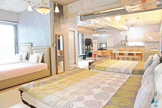 Family Studio / for 6-8 / 2 Bathrooms / Free Wi-Fi / Kitchen / Utensils / Free Wi-Fi /  Washer / Microwave / Rice cooker / Electric range / Electric pot / Fridge / Electric Pot / Hair dryer