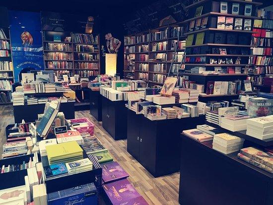 House of Dreaming Books - Knjigarna Sanje