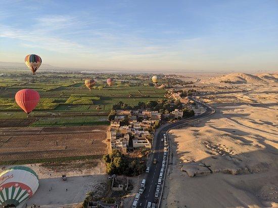 Hod-Hod Soliman Sunrise Hot Air Balloon Rides Luxor, Egypt: Beautiful view