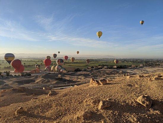 Hod-Hod Soliman Sunrise Hot Air Balloon Rides Luxor, Egypt: So cool!