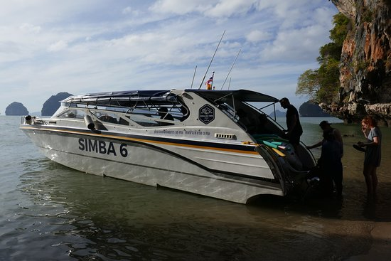 Phang Nga Bay and Beyond: Comfortable, fast speed boat with loads of room.